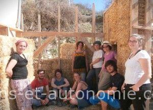 éco-construction maquette bois pailleformation sens et autonomie