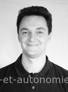 Michel Philippo, un intervenant dans les stages Sens et autonomie, association LESA